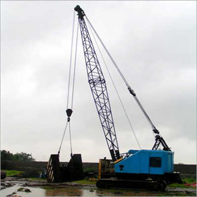 Heavy Loaded Crawler Crane Hiring Services