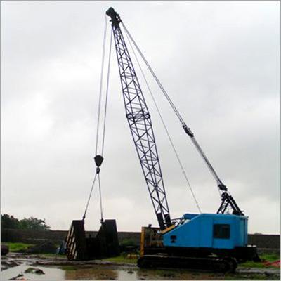 Heavy Loaded Crawler Crane Hiring Services