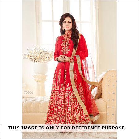 Diya Mirza's Georgette Salwar Suit