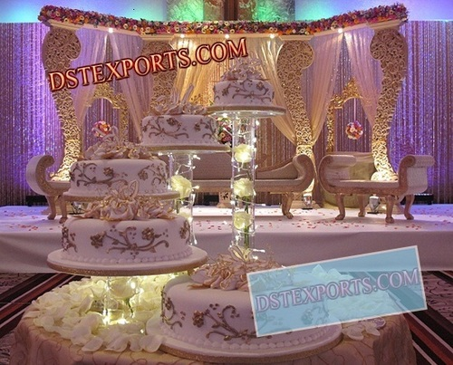 ASIAN WEDDING WOODEN CARVED STAGE