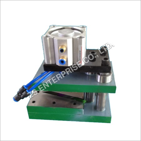 Triangular Hole Punching Machine
