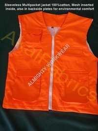 Sleeveless Multi Pocket Jacket