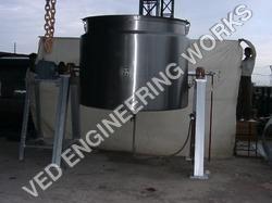 Tiltable Heating Tank