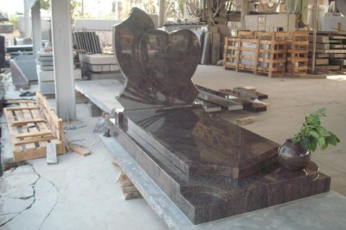Granite Memorial Monuments