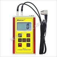 Ultrasonic Thickness Gauge / D-meter