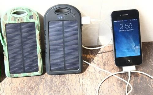 2014 rechargeable 5000mah solar power bank