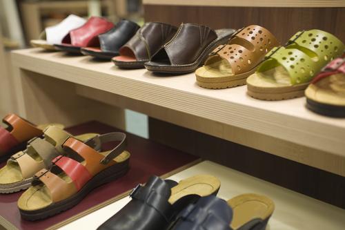 PVC Footwear Stabilizers