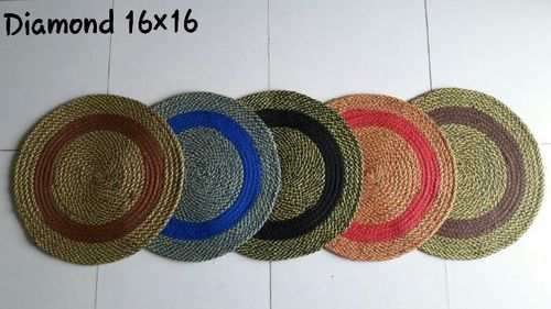 ROUND DIAMOND MAT