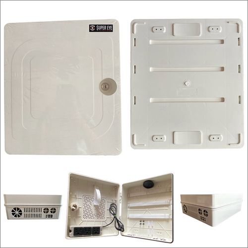Universal Plug Three Pin