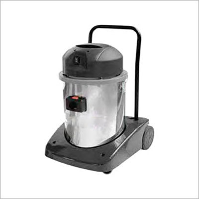 Professional Dry Vacuum Cleaners