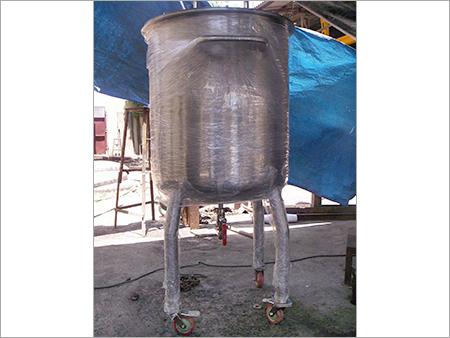 Vertical Mixing Tank