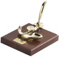 Brass Anchor With Wood Base Pen Holder