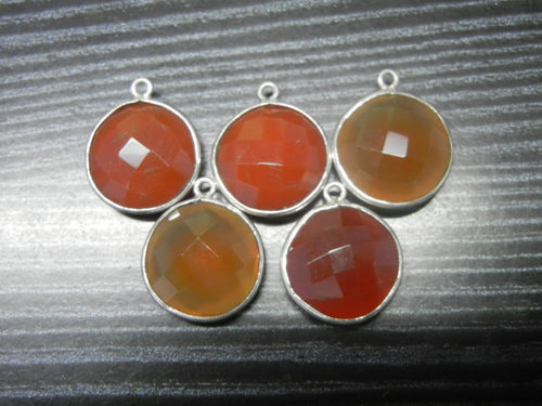 A lot of 50 Piece 92.5 Sterling Silver Red Agate Gemstone Connectors