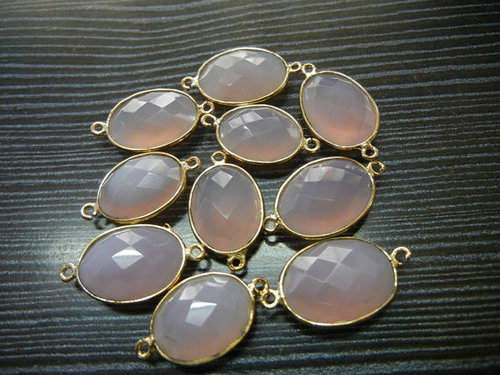 A lot of 30 Piece Gold Plated PINK CHALCEDONY Oval Shape Gemstone Connectors