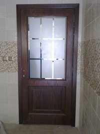 Stylish Fixed Glass Door