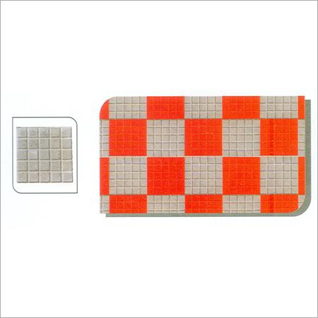 Prescott Chequered Tile