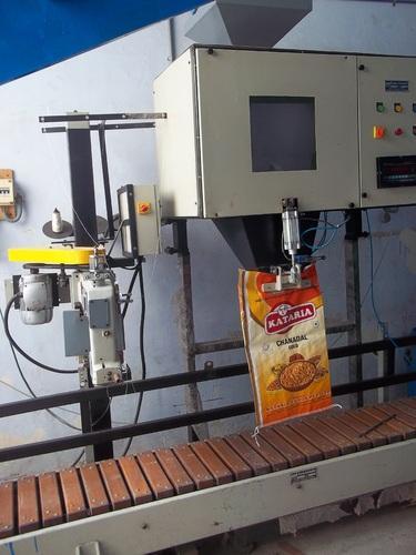 Conveyor Stitching Machine