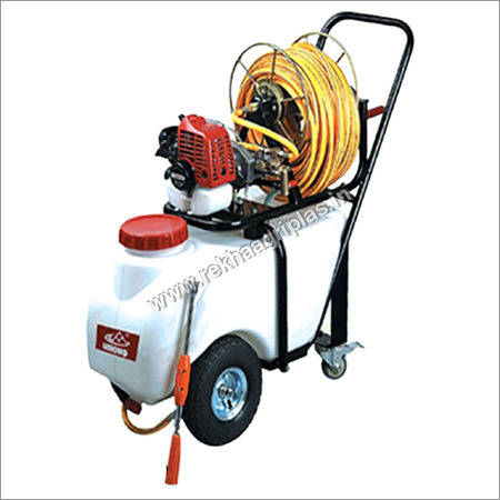 Engine Mounted Trolley Sprayer With Farmech SE-260D Engine