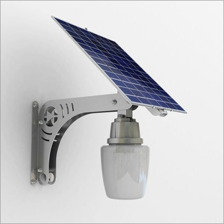 Solar Courtyard Lamp