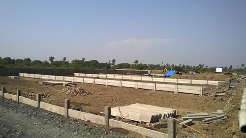 Plots Divider Concrete Wall