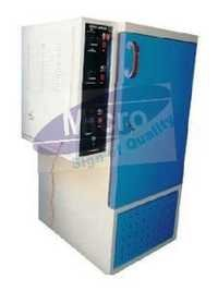 HUMIDITY AND TEMPERATURE CONTROLL CABINET