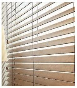 WOOD FINISHED VENETIAN BLINDS