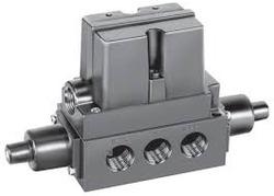 4-way-pneumatic-valve