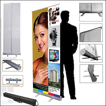 Pull up banner system