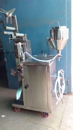 Chatni  packing machine