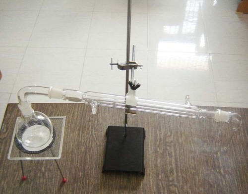 Glass Distillation Apparatus