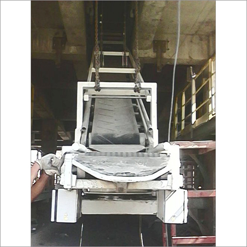 Truck Loading Machine