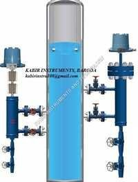 External Cage Displacer Level Switch