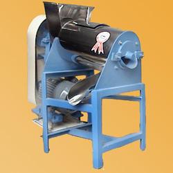 Mango Pluper Machine