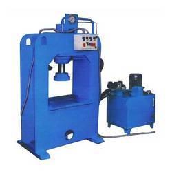 HYDROLIC MOULDS & PAPER DONA PLATE MAKING MACHINE URGENT SALE IN KANPUR U.P