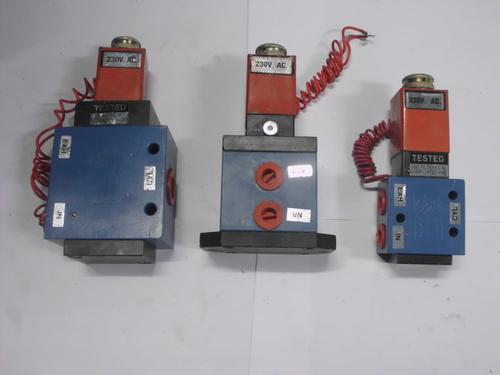 """Poppet Solenoid valve 4 way & 3 way & 1/2"""""""