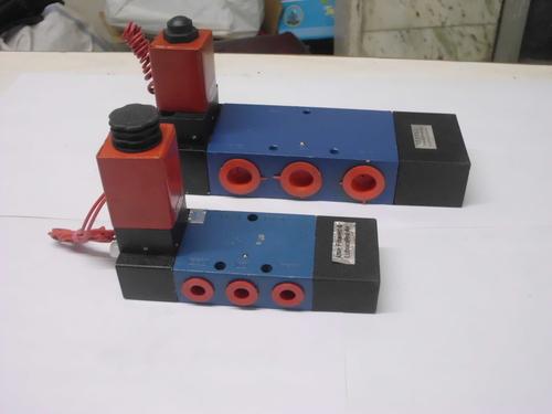 5/2 single solenoid valve
