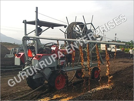 Automatic Agricultural Spraying Machine