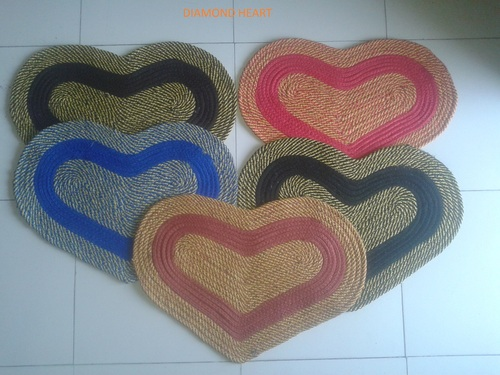 DIAMOND HEART MAT