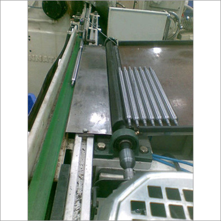 Auto Feed Roller Conveyor System