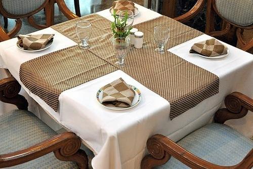 Restaurant Table Runner
