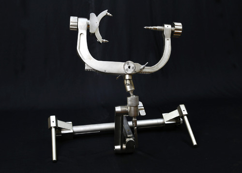 Three Pin Skull Clamp Mayfield Type