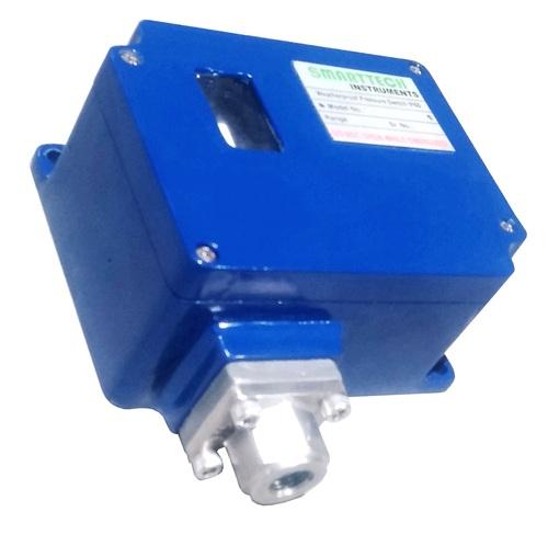 Weatherproof Pressure Switch