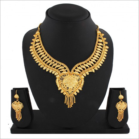 Gold Jewellery Set