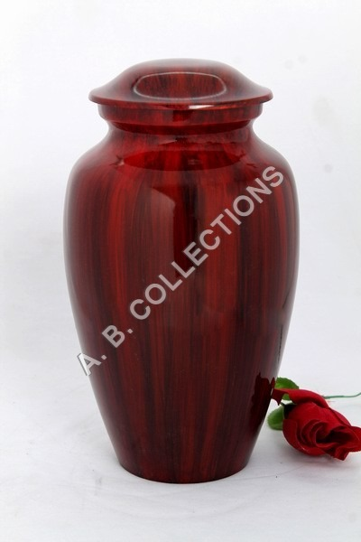 CLASSIC WOODEN FINISH URN