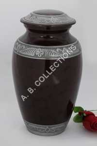 CLASSIC SILVER ENGRAVED  URN