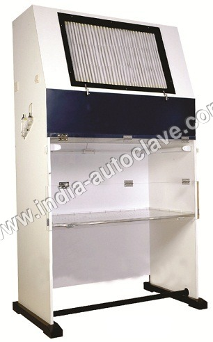 Laminar Air Flow Cabinet, Vertical
