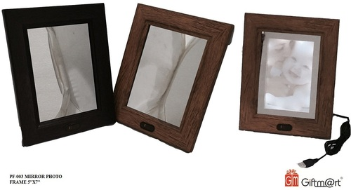 PHOTO FRAMES (PF)