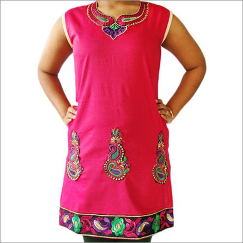 Heena Designer Embroidery Kurti