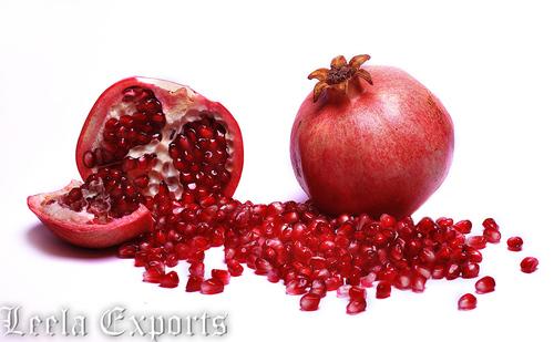 FRUITS : POMEGRANATES