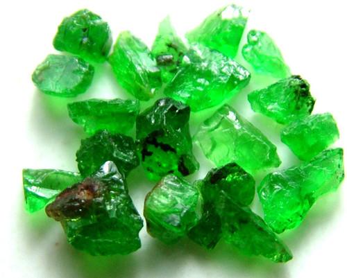 Green Garnet Rough